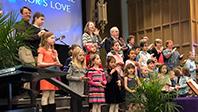 kids-lead-worship